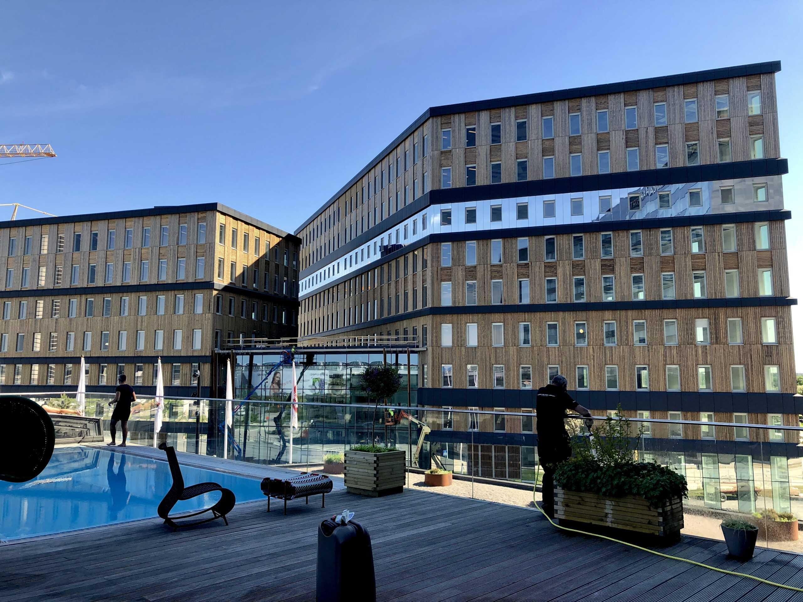 Lufthansa Cargo etablerar Sverigekontor i Office One på Arlanda 1