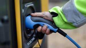Höga betyg till eldrivna Volvomaskiner